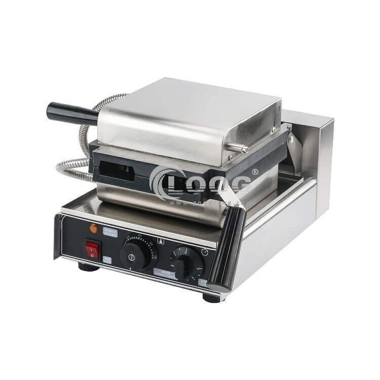 Vertical waffle machine